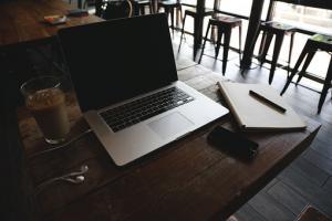 Korzyści płynące z prowadzenia spółki partnerskiej